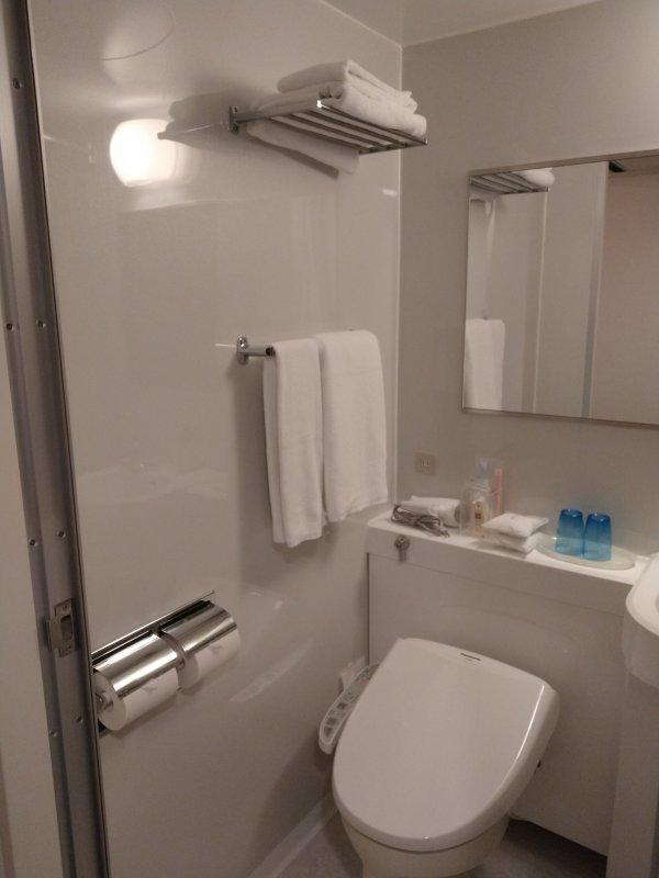 ザ・ビー博多の部屋を写真で紹介(バス・トイレ2)
