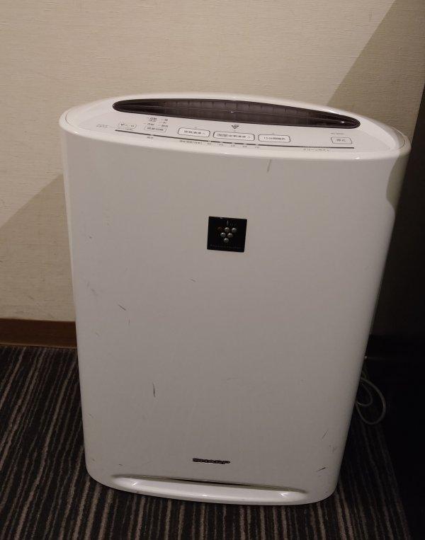 ザ・ビー博多の部屋を写真で紹介(空気清浄機)